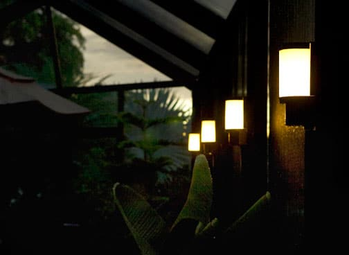 Solar Lanai Lights 1 Light Screen enclosures and Pool Cage Lighting Clip on for Patios